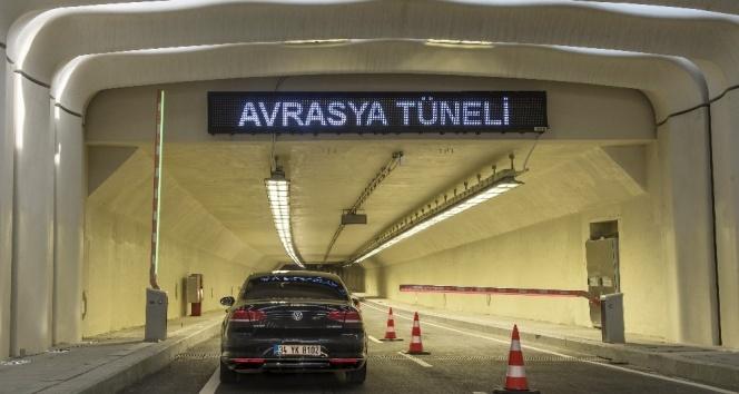Avrasya Tüneli'nden 2018'de 17,5 milyon araç geçti