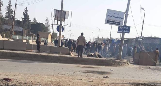 Rakka halkından YPG/PKK terör örgütlerine karşı protesto