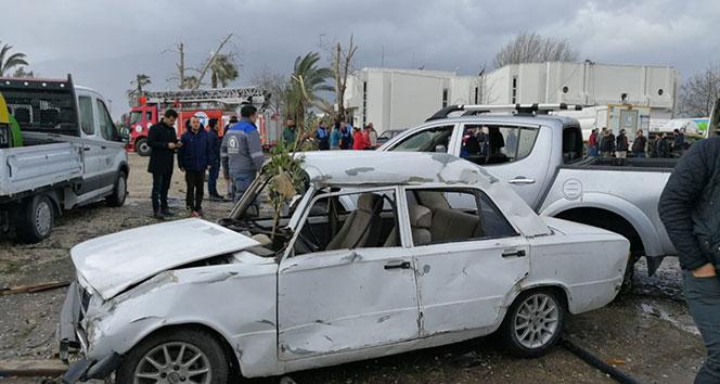 Antalya'yı hortum vurdu: 11 yaralı