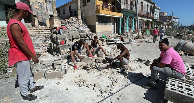 Kübada kasırgada 4 kişi öldü !