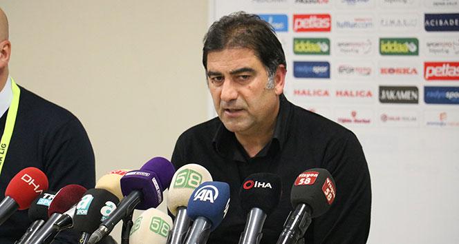 Ünal Karaman: 'Mağlubiyete rağmen onları tebrik ediyorum'