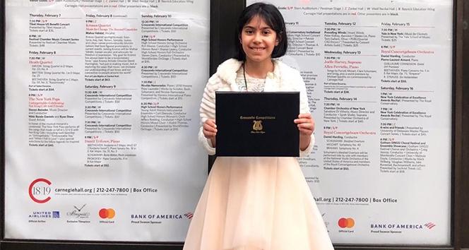 Müzik dehası Arya Su büyük ödülünü Newyork'ta aldı