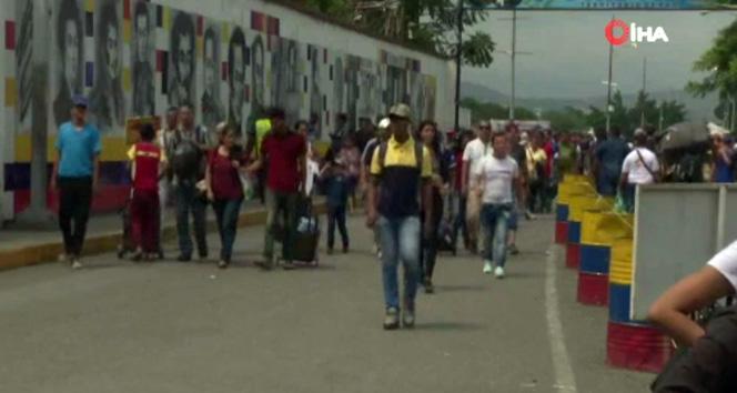 Venezuela'nın Kolombiya sınırında insanlar barış işinde yaşıyor