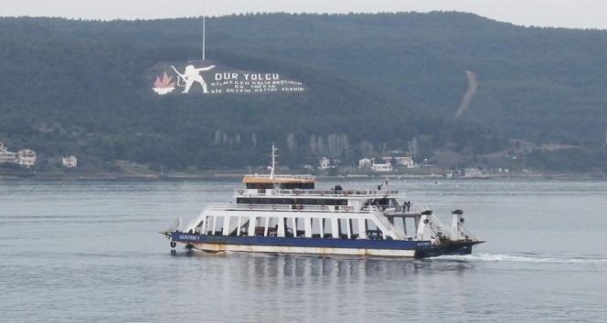 Gökçeada'da feribot seferlerine fırtına engeli! Tüm seferler iptal edildi