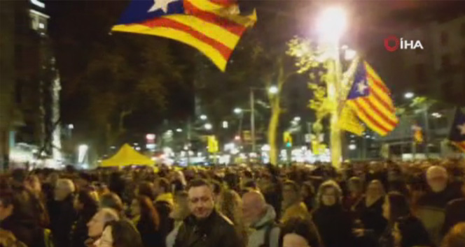 Katalonya'da ayrılıkçı liderler için protesto