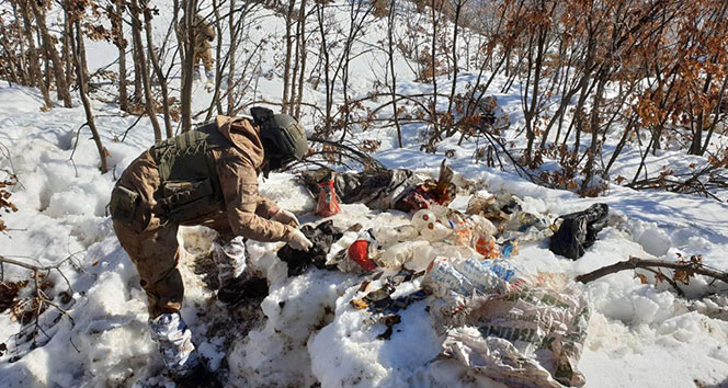 Bestler Dereler bölgesinde PKK'nın 8 sığınağı imha edildi