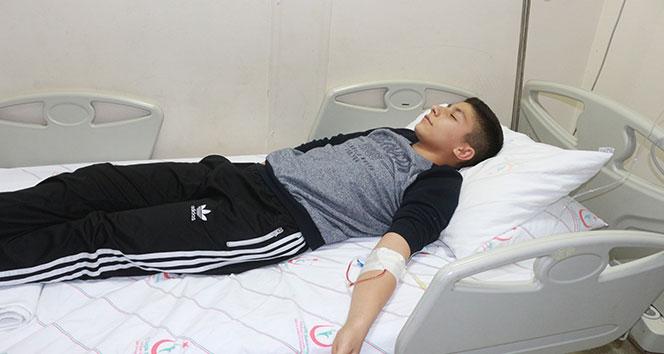 Okulda civa zehirlenmesi şüphesi: 24 öğrenci tedavi altına alındı