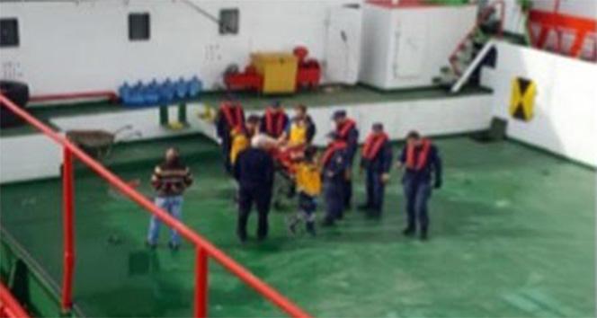 Sahil Güvenlik ekipleri Silivri'de rahatsızlanan vatandaşın yardımına koştu