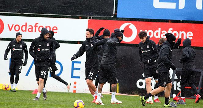 Beşiktaş'ın E.Yeni Malatyaspor maçı kadrosu belli oldu