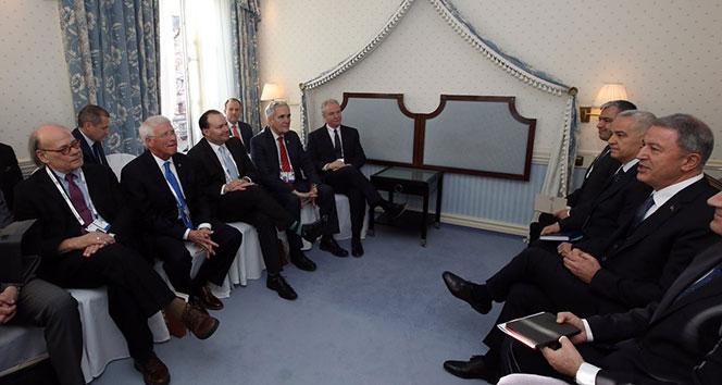 Bakan Akar, ABD Savunma Bakanı Shanahan ile görüştü