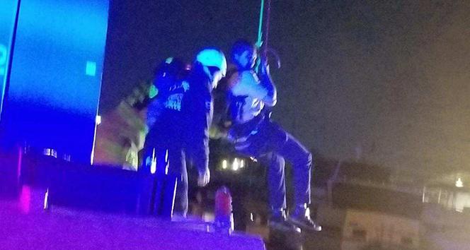 Kaliforniya'da gondolda mahsur kalan 16 kişi kurtarıldı