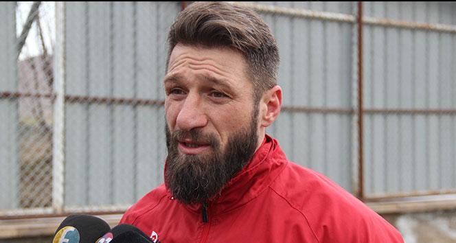 Elazığspor'un kaptanı kampı terk etti
