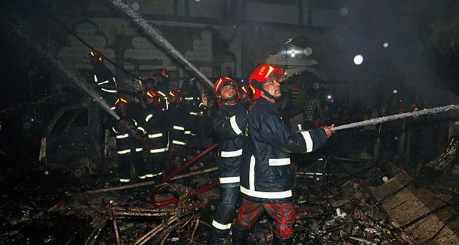 Bangladeş'teki yangın faciasında ölü sayısı 81'e yükseldi