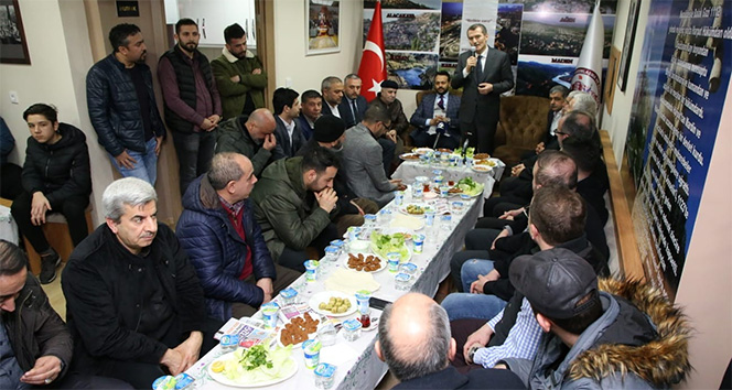 AK Parti Zeytinburnu Belediye Başkan Adayı Arısoy: '21 yeni okulu planladık'