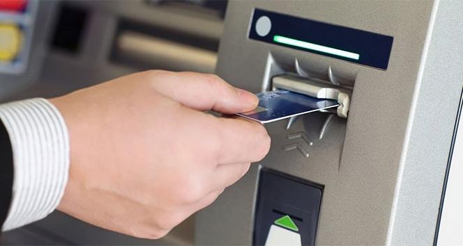 Türkiye'de 100 bin kişi başına 76,6 ATM düşüyor