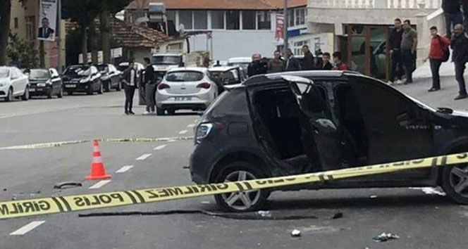 Kaçak göçmenler kaçarken polis otosuna çarptılar