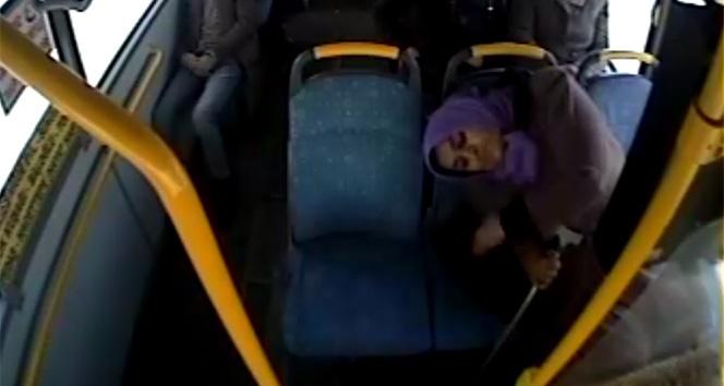 Otobüs şoförü, fenalaşan yolcuyu acil servise götürdü
