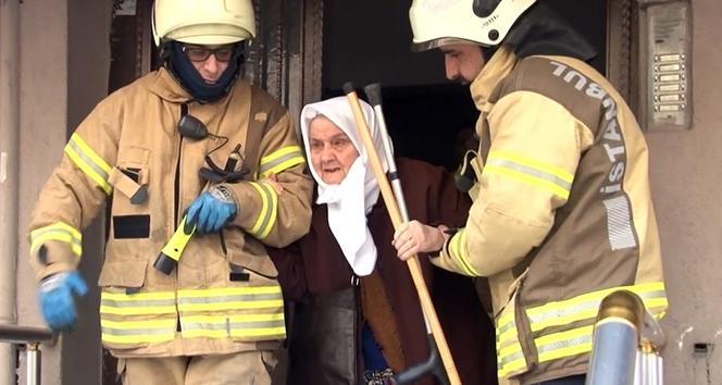 Sultangazi'deki yangında bir annenin korku dolu anları