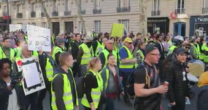 Sarı Yelekliler, 15. kez sokaklarda