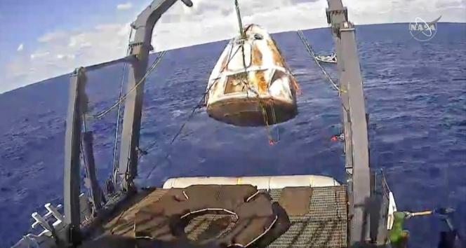 SpaceX Dragon dünyaya döndü