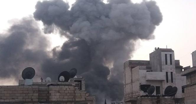 Rus uçakları İdlib'i vurdu: 5'i çocuk 10 ölü
