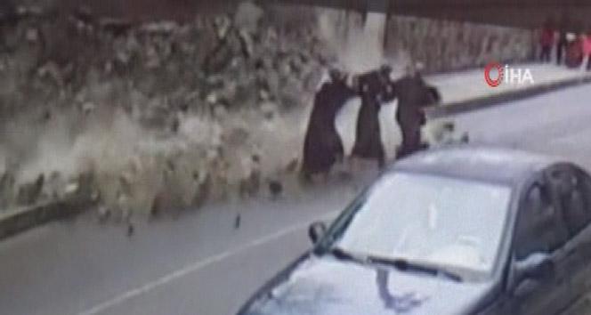 Bahçe duvarı çöktü, 3 kadın ölümden kıl payı kurtuldu