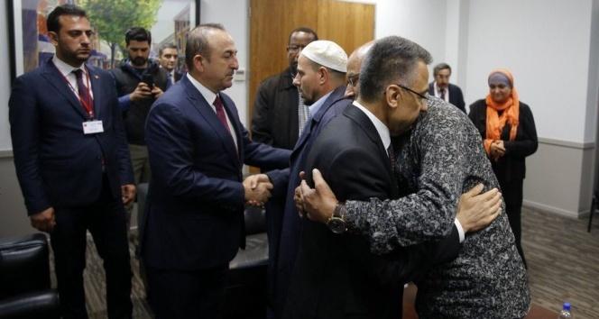 Oktay ve Çavuşoğlu, Yeni Zelanda İslam Dernekleri Federasyonu üyeleriyle görüştü