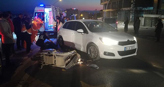 Otomobille çarpışan elektrikli bisikletin sürücüsü yaralandı