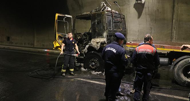 Tünel'deki yangında, şoförün dikkati faciayı önledi
