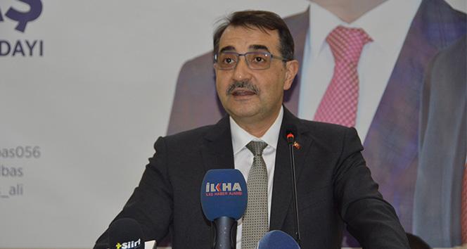 Bakan Dönmez: 'Türkiye Petrolleri, tarihinde ilk defa yerin altı çatlatılarak keşif yapılıyor'