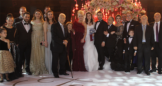Ömür Gedik'in kızı Gaziantep'te evlendi
