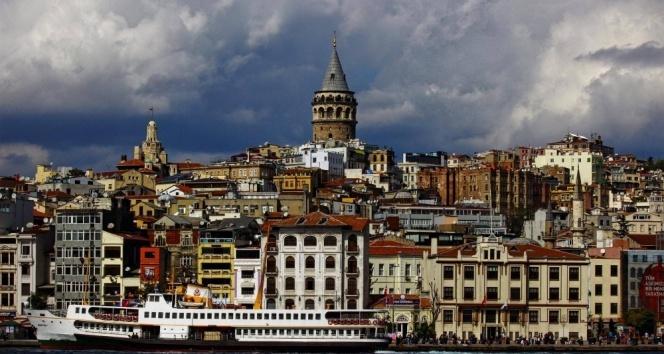 İtalyanlar Galata için Türkiye'de