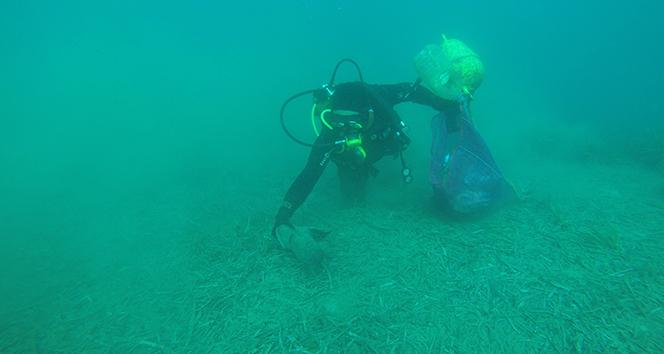 Deniz dibi temizliğinden çıkan atıklar şok etti