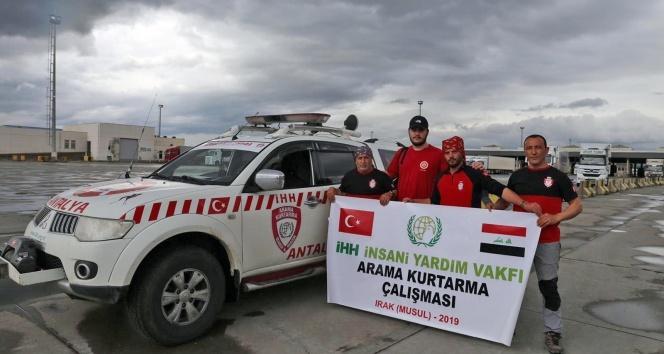 Türk dalgıçları Musul'da ceset arıyor