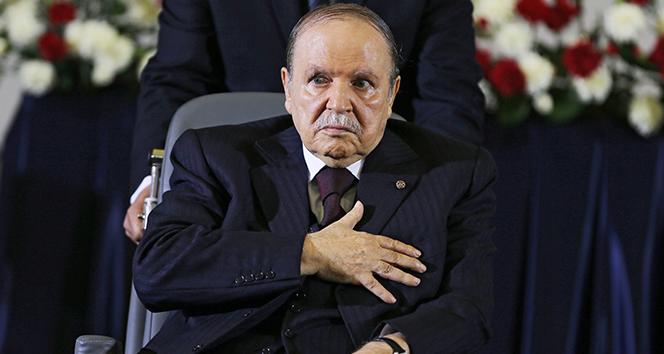 Cezayir Genelkurmay Başkanı, Cumhurbaşkanı makamının boşaltılmasını talep etti