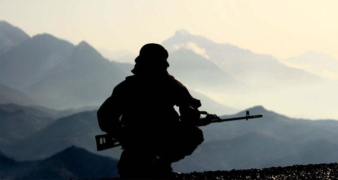 Azerbaycan-Ermenistan cephe hattında 1 asker şehit oldu