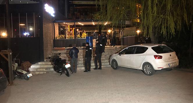 Ankara'da bıçaklanan kişi eğlence mekanına sığındı