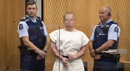 Yeni Zelandada camilere saldıran Tarrant, 50 cinayetten yargılanacak