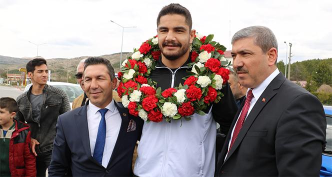 Taha Akgül: 'Hedefim dünya şampiyonu olmak'