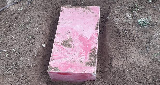 Çaldıkları çelik kasayı ortadan kaldırmak için toprağa gömdüler