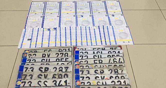 Mersin polisinden resmi belgede sahtecilik operasyonu: 12 gözaltı