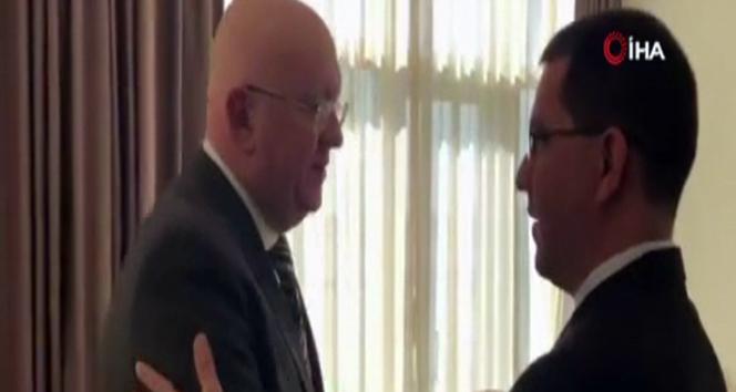 Rus diplomat ile Venezuela Dışişleri bakanı arasında samimi diyalog