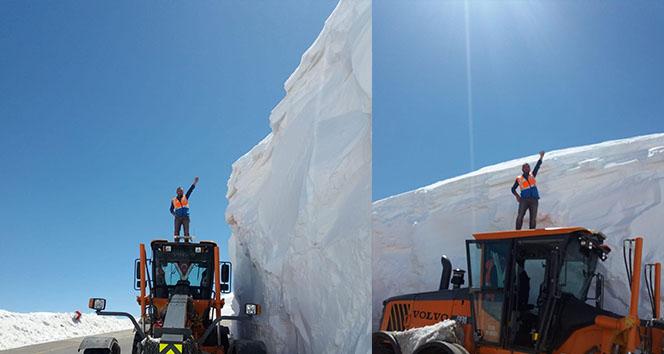 Nisan ayının sonunda 5 metre karla mücadele