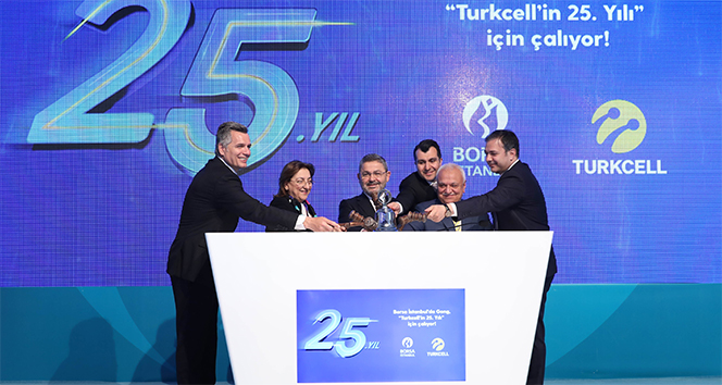 Borsa İstanbul'da Gong 'Turkcell'in 25'inci yılı' için çaldı