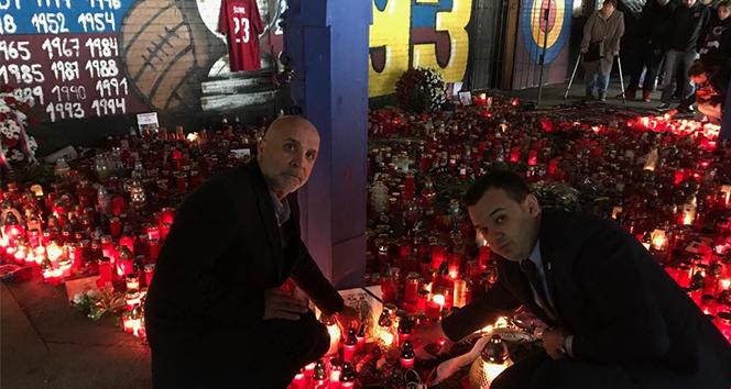 Alanyaspor Başkanı Çavuşoğlu, Sural için Prag'ta düzenlenen törene katıldı