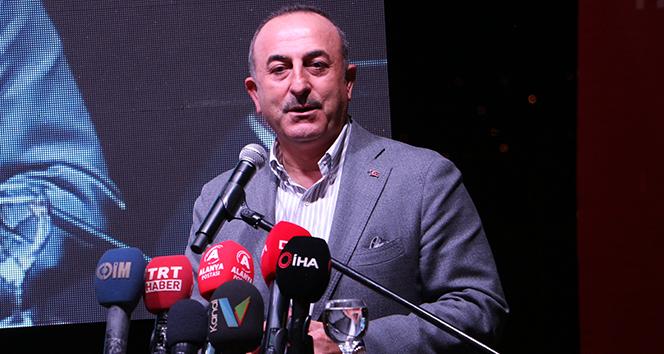 Bakan Çavuşoğlu: 'Tehditlere boyun eğmiyoruz'