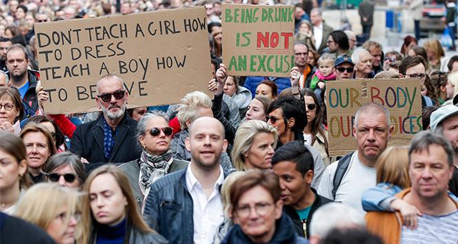 Belçika'da 20 bin kişi kadına şiddete karşı yürüdü