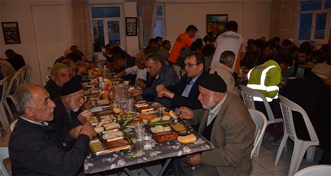Akseki'de 2 asırlık iftar geleneği