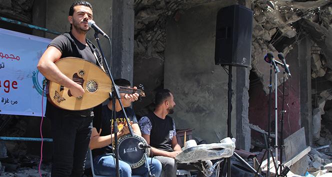 Gazzelilerin, Eurovision'u molozlar arasında
