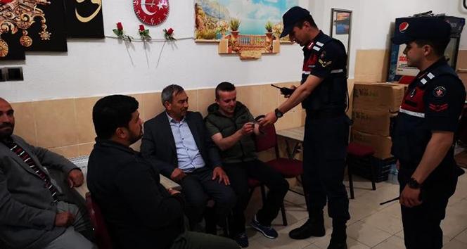 Balıkesir'de jandarmadan operasyon: 81 kişi yakalandı